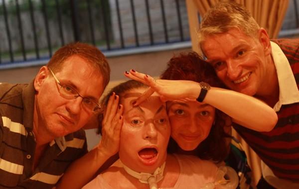 Leide e seus filhos (da esquerda para direita) Cristiano, Leide e Cesar, em 2010. Foto de Fernanda Prado.